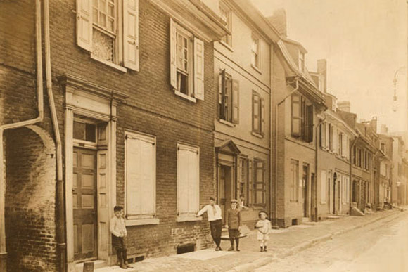 Elfreth's Alley in Philadelphia--the oldest residential street in the US--shown in 1910
