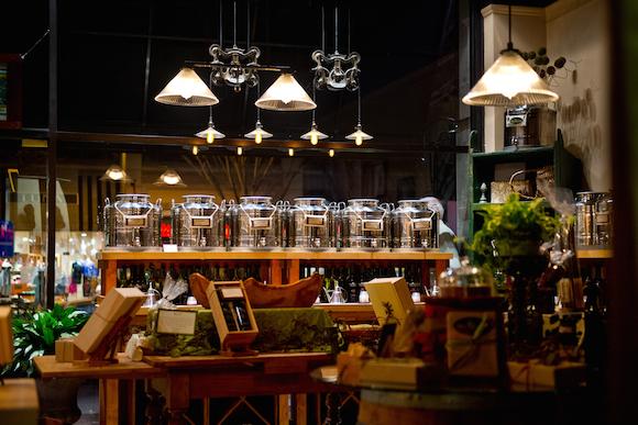 artisan olive oil shop opening in cleveland park